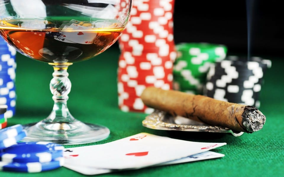 Perfect bucks night deals for poker nights by Glamor.