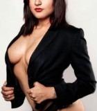 Daisy-melbourne-topless-waitress2