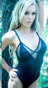 tatiana-adelaide-topless-waitress